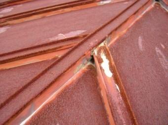 鹿児島県日置市で雨漏れした板金部分の様子