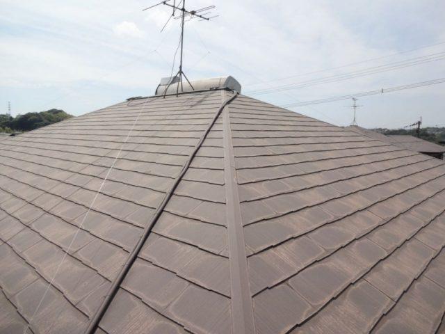 コロニアル屋根点検の様子