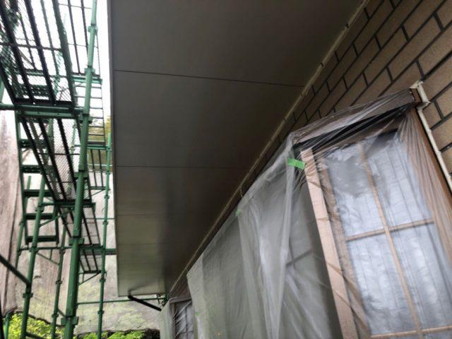 【鹿児島県肝属郡肝付町】前田にある瓦屋根の住宅で屋根塗装をします軒天上塗り_1_確定