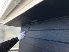 【鹿児島県薩摩川内市】スレート屋根を黒色で仕上げていきます軒天上塗り_1_確定