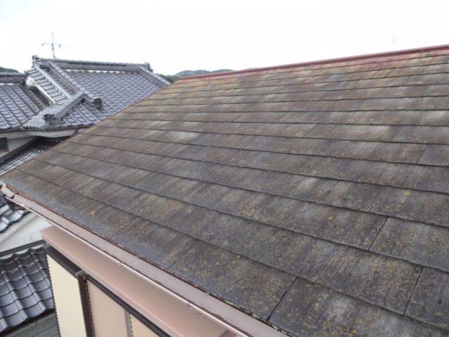 屋根が腐蝕している