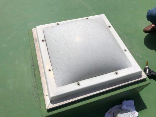 鹿児島市の天井窓のドーム取替