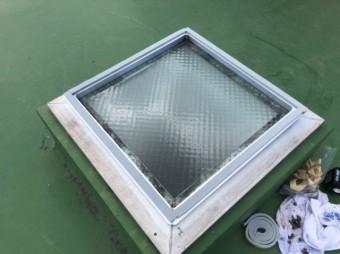 鹿児島市の天井窓ドームの取替