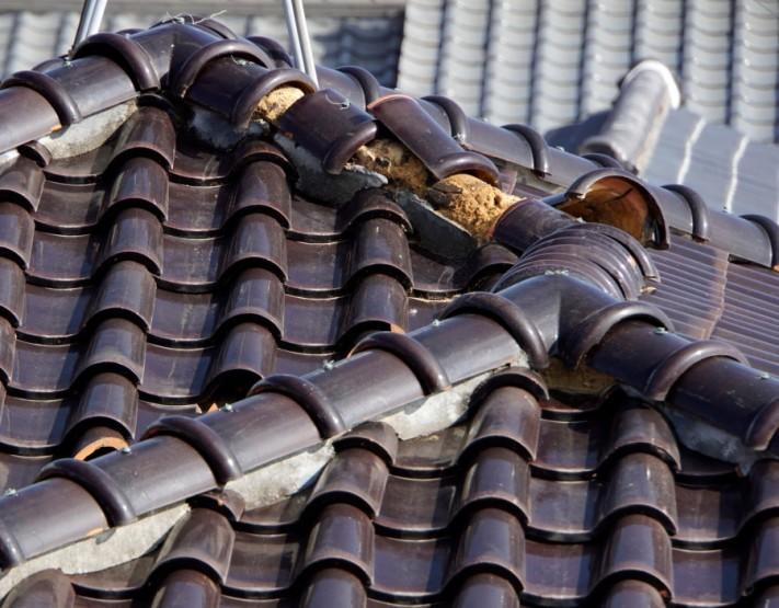 屋根漆喰ハガレ