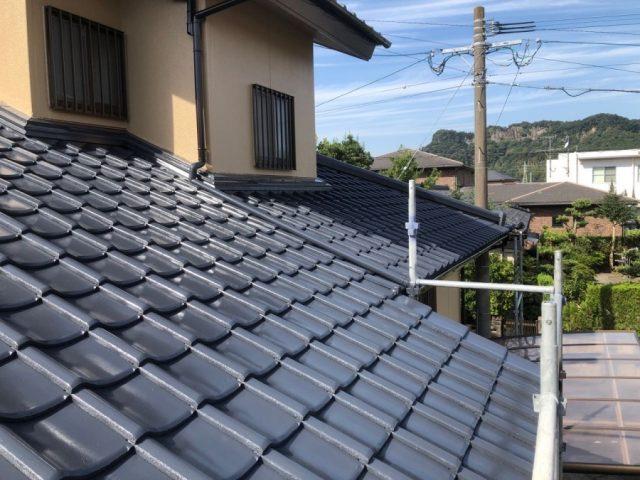 霧島市国分 セメント屋根塗装完成の様子