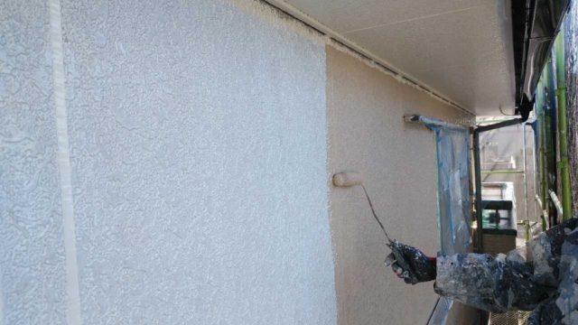 鹿児島市での外壁塗装工事の様子