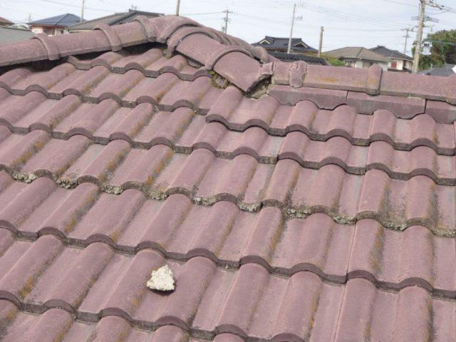 鹿児島市での屋根診断で棟漆喰部分の劣化と雨樋の劣化を発見