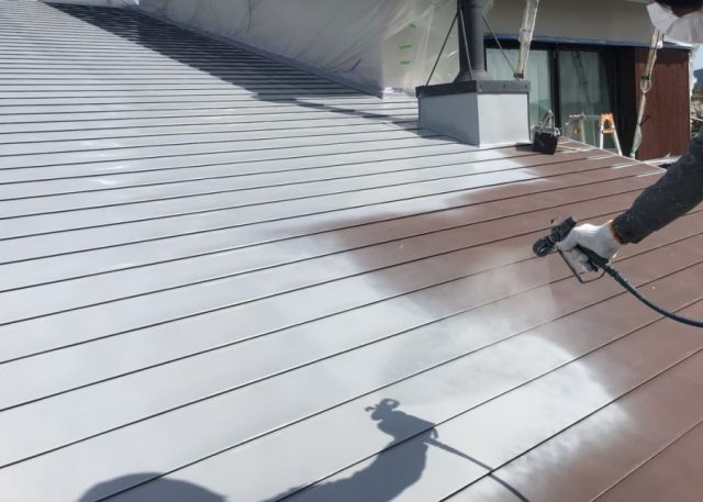ガルバリウム屋根塗装工事