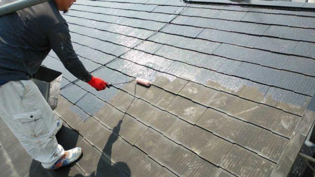 鹿児島市屋根塗装工事 下塗りの様子