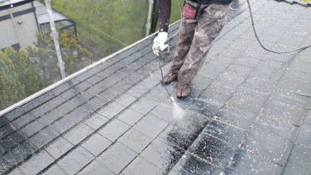 【鹿児島・宮崎】スレート屋根の住宅で黒系の色で屋根塗装をおこないました!高圧洗浄