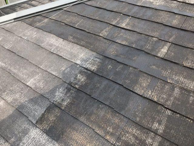鹿児島市 スレート屋根塗装下塗りの様子
