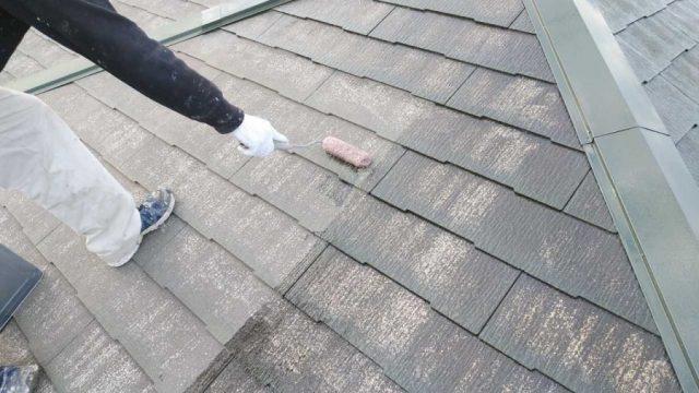 鹿児島市スレート屋根塗装工事の様子