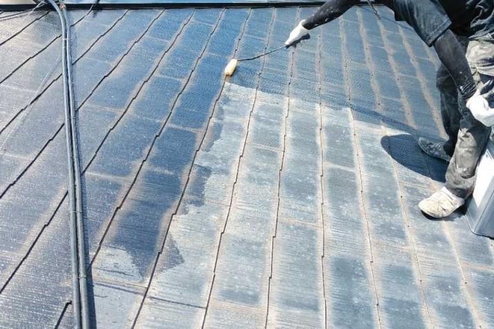 屋根 下塗り塗装工事