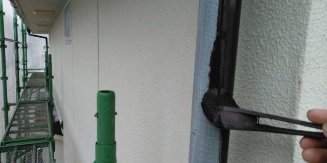 【鹿児島県霧島市】郡田にある三角屋根の住宅で軒天と雨樋の塗装をおこないました!雨樋