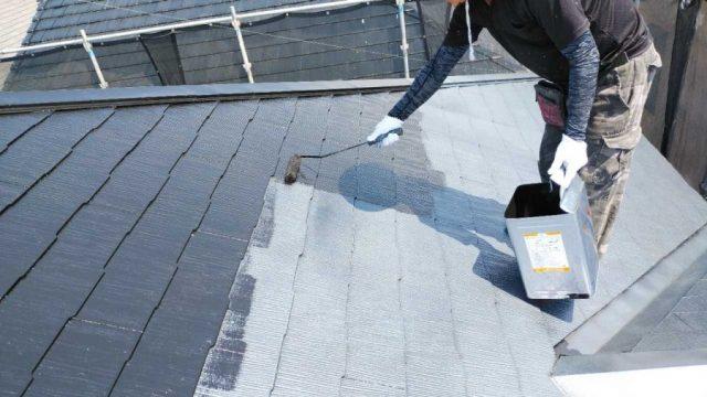 コロニアル屋根中塗り塗装