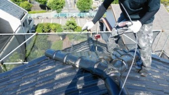 屋根中塗り 塗装工事