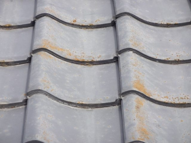 鹿児島市セメント瓦屋根補修様子