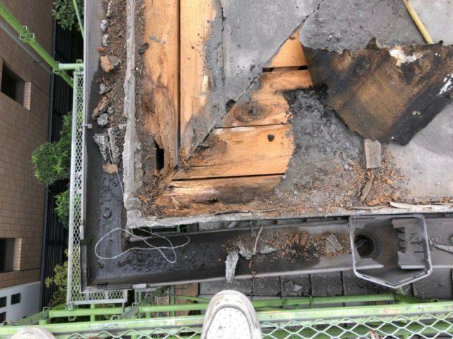 鹿児島市 葺き替え工事の際見つかった下地の傷み