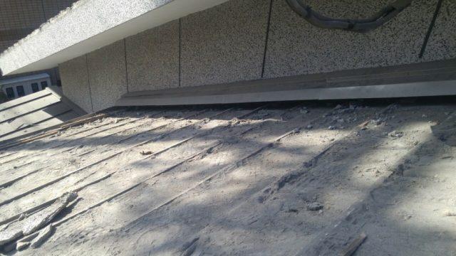 鹿児島市での屋根葺き替え工事の様子