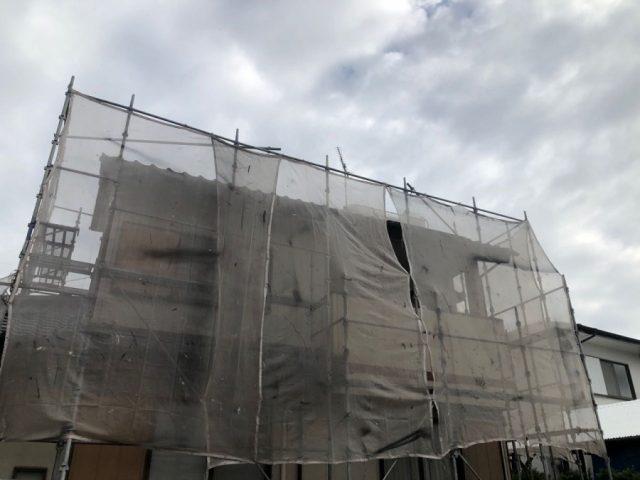 霧島市国分屋根塗装工事着工の様子