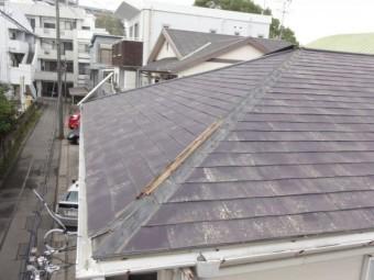 屋根の板金の外れ