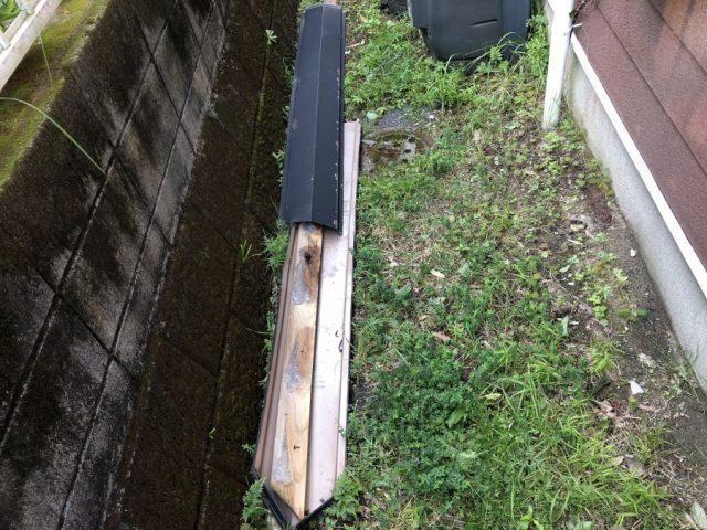 鹿児島市にて棟板金・スレートの破損が見られました。