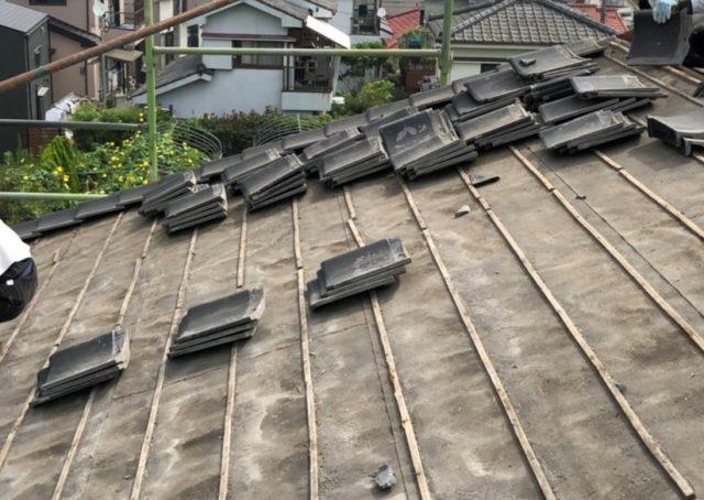 鹿児島市錦江台の瓦屋根葺き替え工事着工しました。