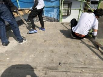 鹿児島市屋根の葺き替えの様子