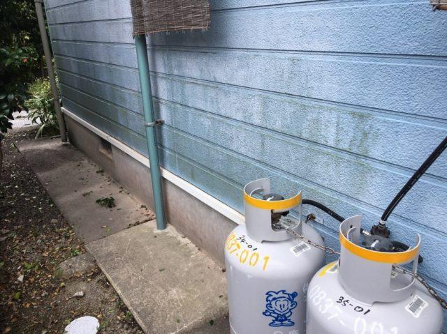 外壁カビの高圧洗浄