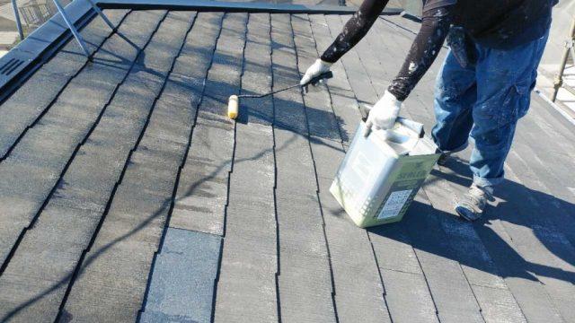 屋根下塗り塗装工事