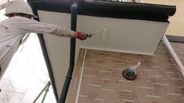 【鹿児島県霧島市】国分上小川にある30坪の住宅で雨樋・軒天塗装をおこないました!軒天