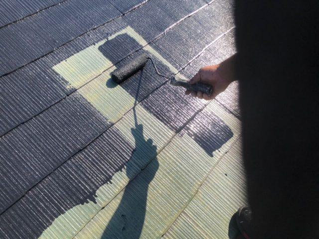 【鹿児島県霧島市】隼人町にあるアパート3棟のうち、A棟で屋根の塗装をおこないました!中塗り
