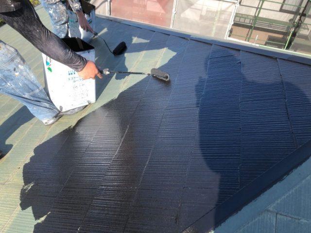【鹿児島県霧島市】隼人町にあるアパート3棟のうち、C棟で屋根・軒天・雨樋の塗装をおこないました!中塗り