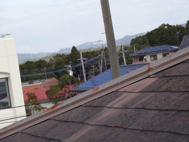 スレート屋根棟板金 劣化