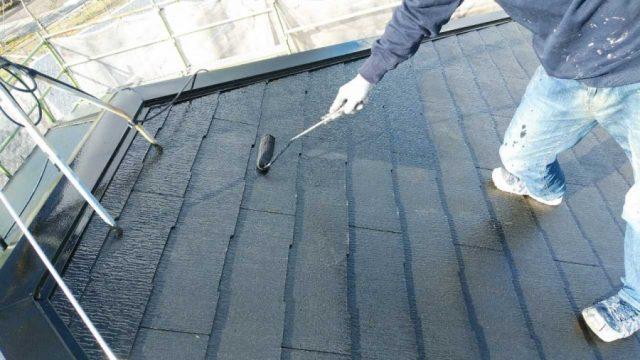 鹿児島市で行った屋根塗装工事の様子