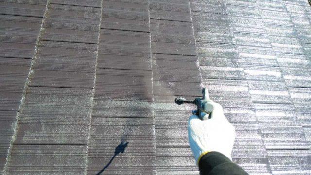 鹿児島市モニエル瓦塗装工事の様子