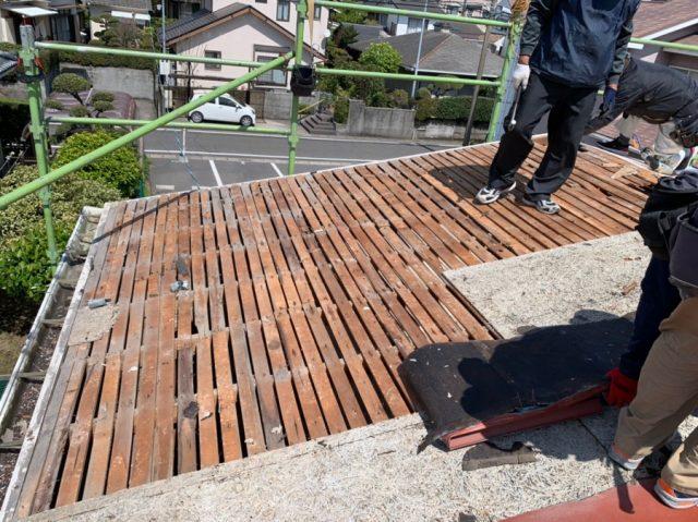 鹿児島市の葺き替え工事撤去の様子