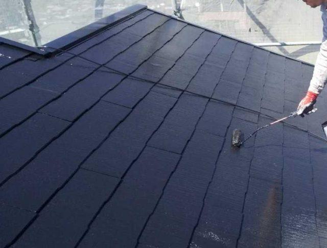 鹿児島市屋根塗装工事上塗り2回目の様子