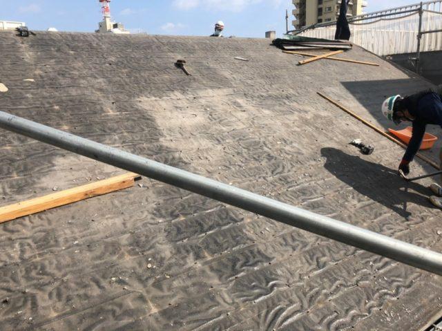 屋根葺き替え工事 撤去の様子