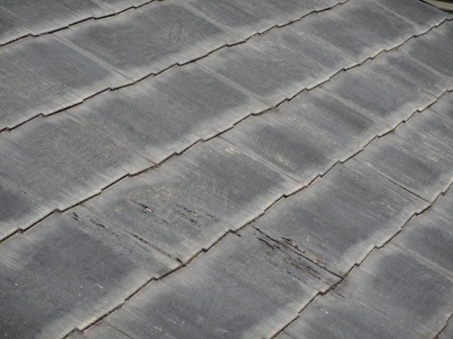 コロニアル屋根 塗膜の剥がれ