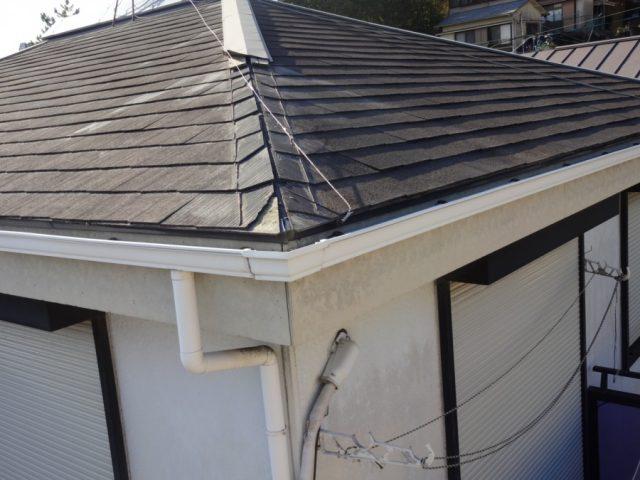 スレート屋根の板金外れ