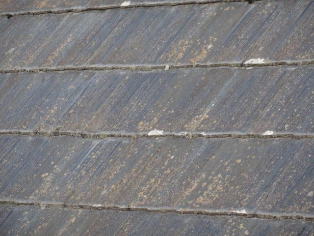 スレート屋根塗膜の剥がれ